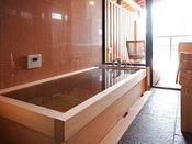 檜造りの本館客室内湯