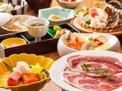 ~大和豚のすき焼きと地元グルメ会席~ お手頃料金ですが、地元グルメも楽しめますよ♪