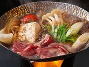 ~上州牛のすき焼き~ 群馬名産の牛肉を定番のすき焼きで頂く、ついついご飯も進んじゃいますね。