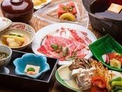 ~特選牛トマトすき焼き御膳~ 料理長が特選した牛肉をトマト入りのすき焼きで、さっぱりと頂けますよ。