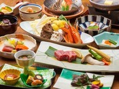 ~上州牛ステーキと蟹すき鍋会席~ 焼きたて上州牛を味わい、川魚などの地元食材から蟹すきのグルメ満載