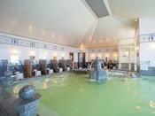 14階に位置する天然温泉「カルロビ・バリ・スパ」※加温・加水・循環ろ過