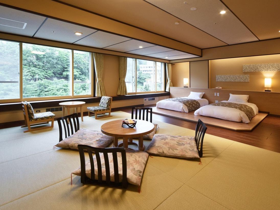 【モダン和洋室/60平米】広々とした和室部には、心地よい琉球畳を使用