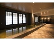 天然温泉の浴室(ブルーリーフ内)男性用ドライサウナ、女性用ミストサウナ完備する天然温泉の浴室でほっとひと息癒しの時間をお楽しみください。※ご利用はお申込みプランによって有料の場合が御座います