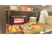 豊富な種類のパン:保存料不使用の品質の高いヨーロピアンブレッドです。