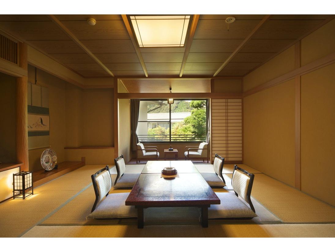 広々した間取りの和室。条件によりお部屋食もお受けしております。【Aタイフ】