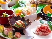 ~田舎豚のすき焼き会席~ リーズナブルに旅行を楽しむ為に、メインを豚としたお値打ち料理をご用意