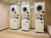 長期滞在やスポーツ合宿にも◎ご宿泊者専用のコインランドリー(洗濯機・乾燥機)完備