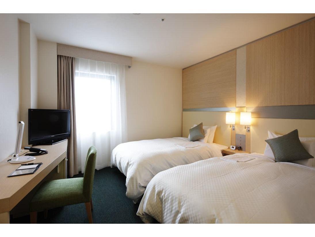 【スタンダードツイン】シモンズ社製ポケットコイルベッドで快適な睡眠を!ベッド幅(120cm×195cm)○明るい落着いたインテリアで、心地良い眠りと快適な空間を実現。
