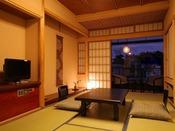 和室8帖+広縁 設えの行き届いた客室