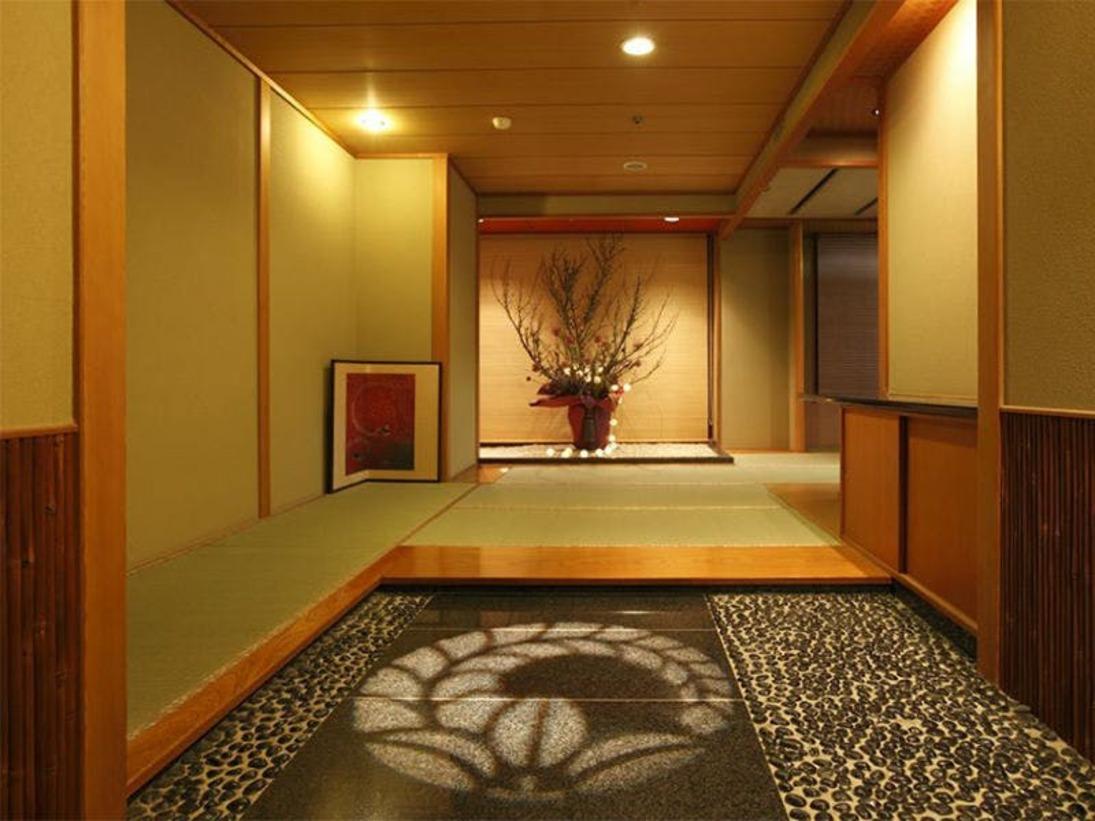 2012年新装 エリア随一の広さを誇る 露天風呂付貴賓室