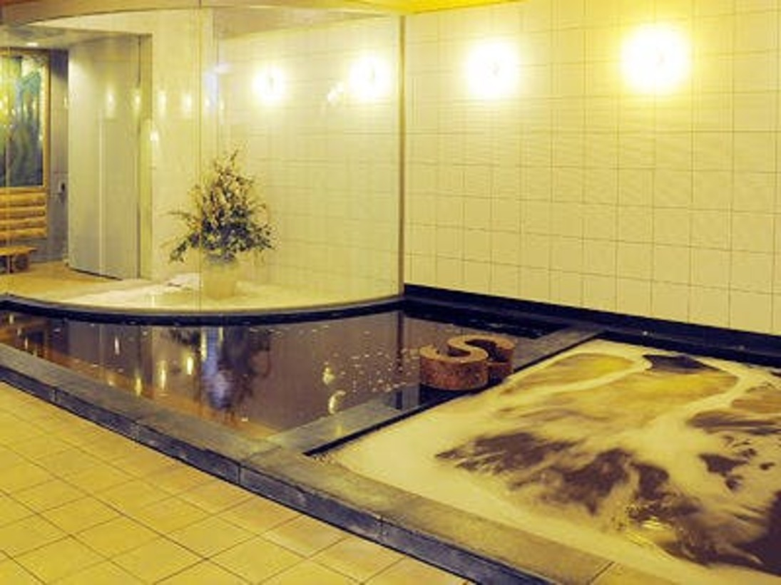 新横浜温泉 源泉100%の温泉です
