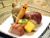 ◆先付け◆目で、舌で、香りで・・・。旬の食材をお愉しみ下さい♪