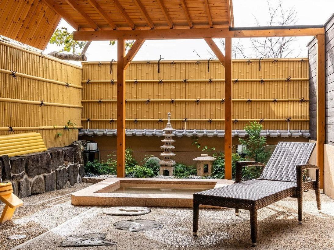 ご家族やご夫婦・カップルに人気の庭園貸切風呂(通常有料)