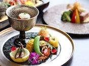 ◆吟味特選こだわり雅会席◆料理長こだわりの厳選食材を使用し、贅を極めた目にも華やぐ会席料理です。