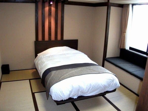 【本館】民芸調 和ベッド