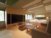 【こもれび】ジェットバス付和洋室/畳にはソファをご用意。ゆったりとした寛ぎ時間をお過ごしください