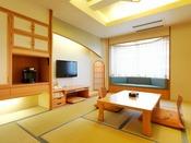 【本館】和室(客室一例)/端正な和様式は、人の心と体をやさしく包み込んでくれます。
