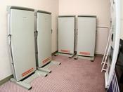 ズボンプレッサーは4階と6階にご用意しております。