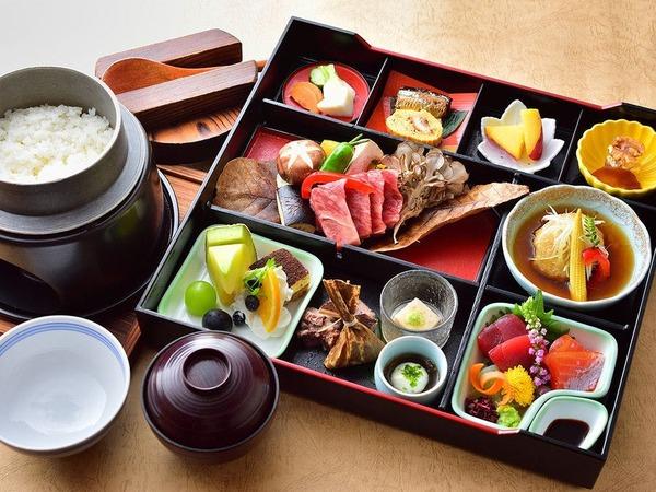 豪華箱弁当(ご夕食)