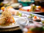 ■DEN RIKYU 会席■器選びや盛りつけなど、細部にまでこだわった極上の料理