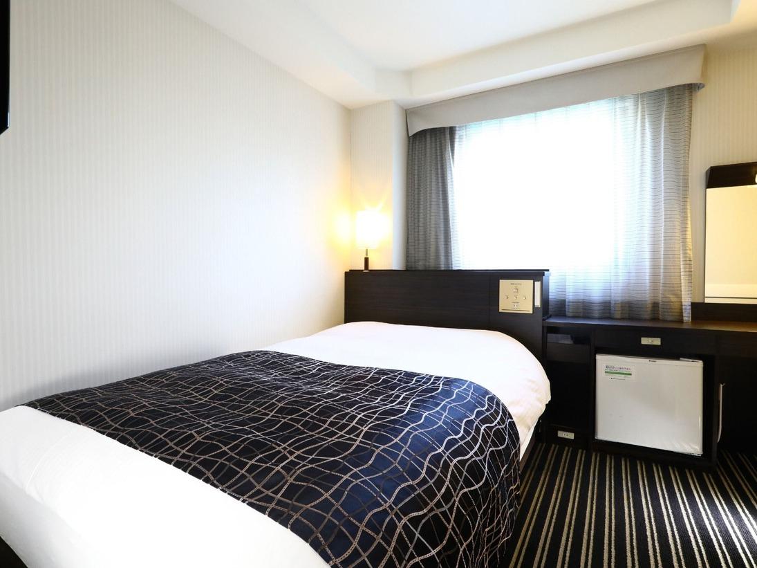 ■セミダブルルーム(11平米/ベッド幅120cm)