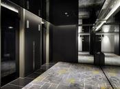 【客室エレベーターホール】落ち着いた雰囲気です