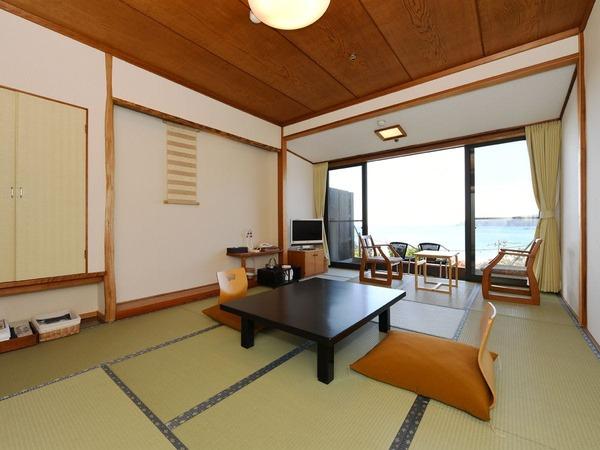 1階海側和室8畳一例