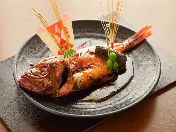 金目鯛姿煮(お飾り付き)