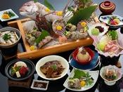 海幸三昧:鯛・季節の旬魚・伊勢えび・アワビ・サザエの造りとミニステーキも付いた会席コース