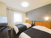 広さ16平米/ベッド幅120cm長さ195cm
