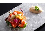 島の新美食「淡路島サクラマス」を使った春を愛でる目にも鮮やかな一品≪料理イメージ≫