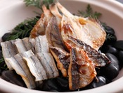 カウンターで料理人が炙る魚の干物をはじめ体に優しい和食メニューも豊富≪朝食バイキングイメージ≫