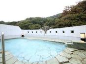 庭園風呂に併設の露天風呂