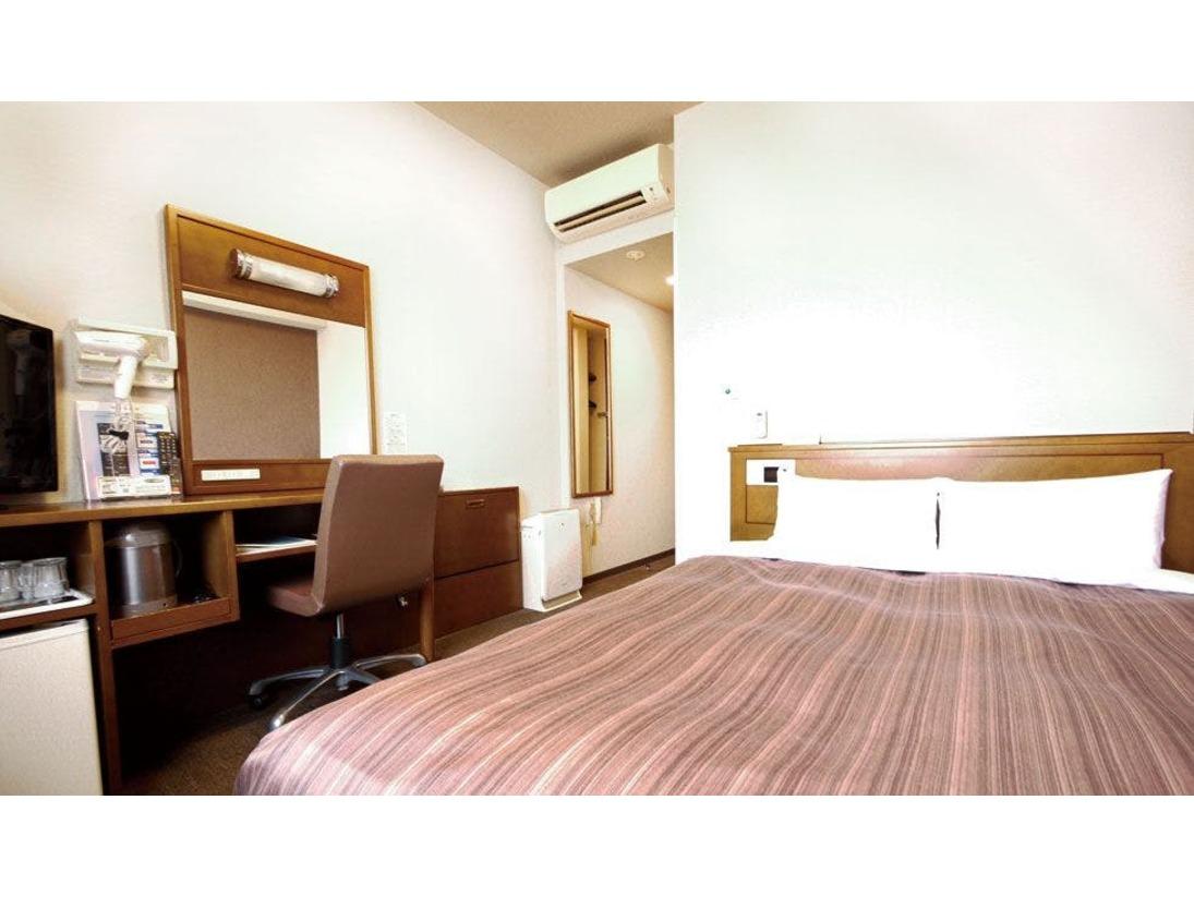 スタンダードダブル(2階~7階)◇12.5平米 ベッドサイズ140×200◇