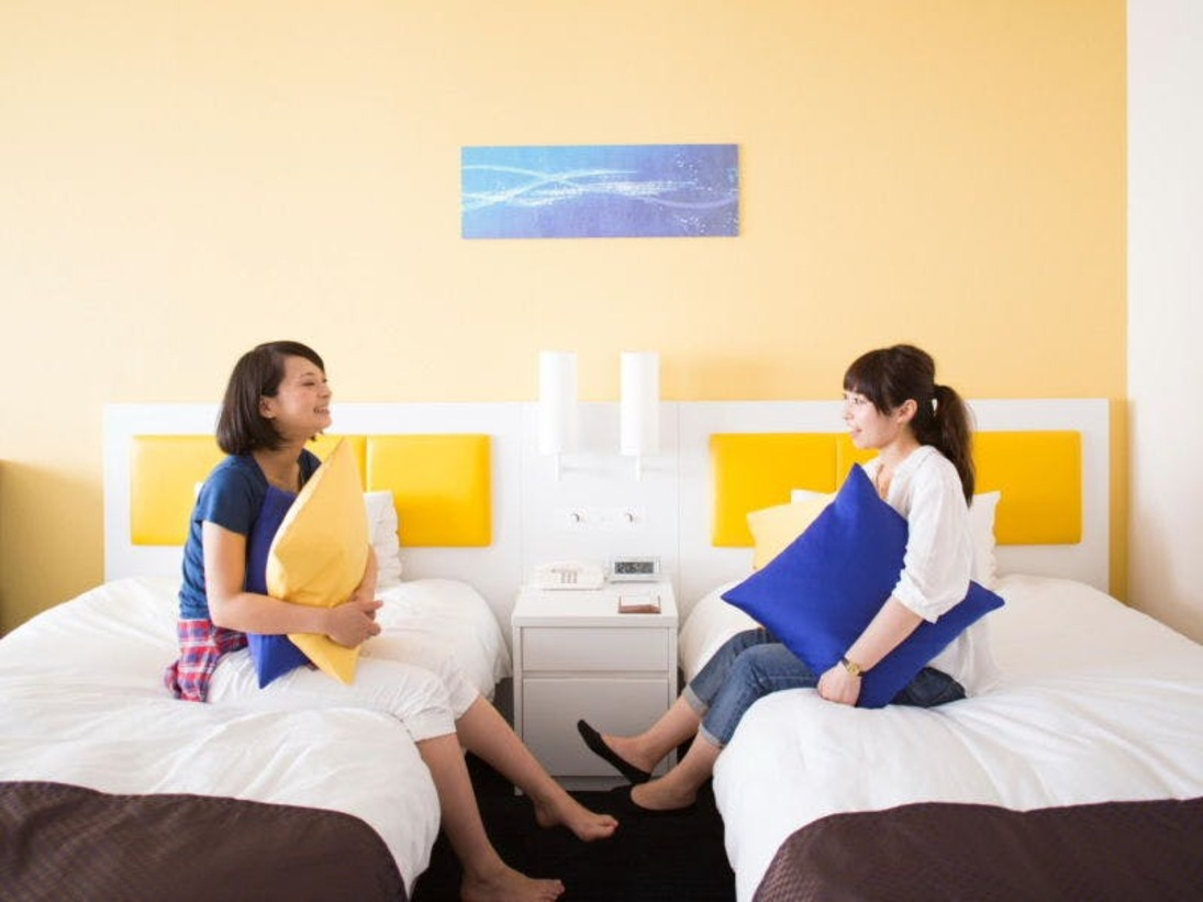 客室最上階フロアー【地中海ツインルーム】(35平米・全室禁煙)くつろぎのひとときを