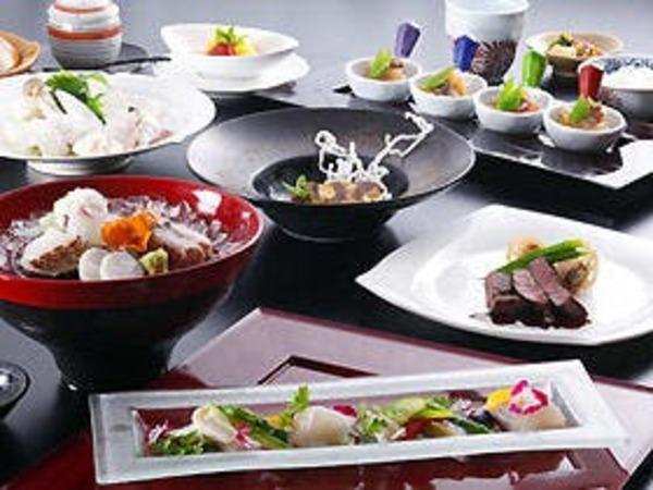和食にフレンチを織り込んだ会席料理