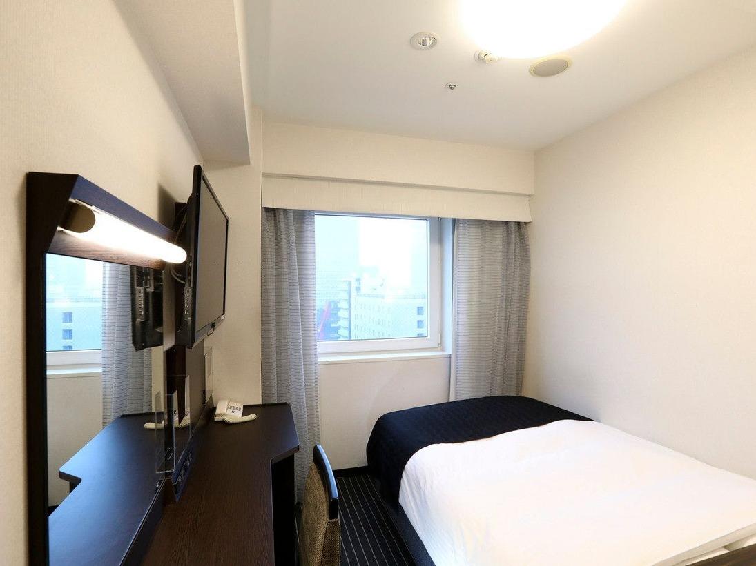 ■シングルルーム 10平米120cm幅ベッド コンパクトな反面機能的な空間