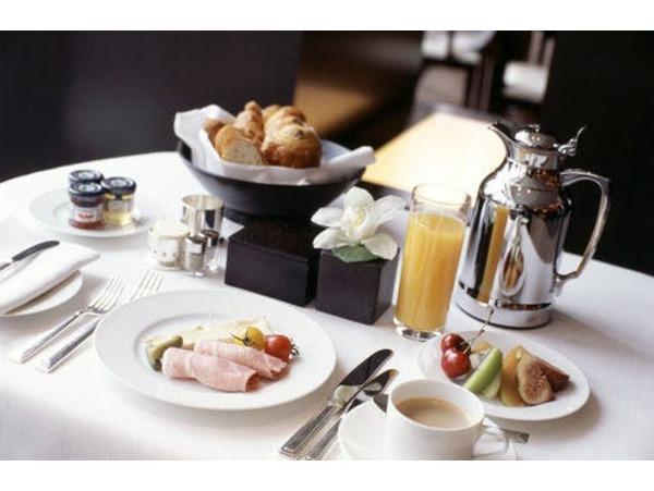 朝食ルームサービス(イメージ)