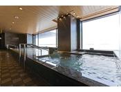 【スパトリニテ】最上階に、癒しの展望温泉を併設!