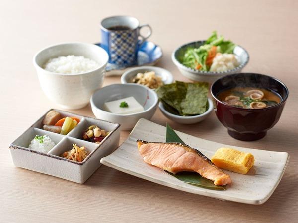 【選べる朝食】:和御膳