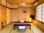 「佳松亭/一例」和を基調とした畳の香り漂う落ち着きのある客室です