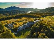 【秋】鮮やかに染まる秋のホテル