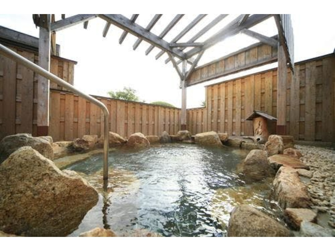 天平の湯 露天風呂