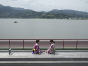 【足湯】東郷湖が一望できます