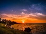 5~8月頃の休暇村は日本海に沈む夕陽を眺めるベストスポットです