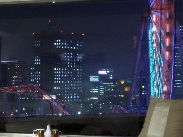 スーペリアルームからの横浜夜景