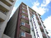 【外観】千日前線・桜川駅7番出口から徒歩4分なにわ筋沿いです。