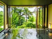 【BAY suite-翡翠-】(露天風呂)