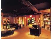 幻の焼酎・森伊蔵など鹿児島の焼酎の試飲ができます「焼酎道場」(地下1階 大浴場「元禄風呂」近く)。